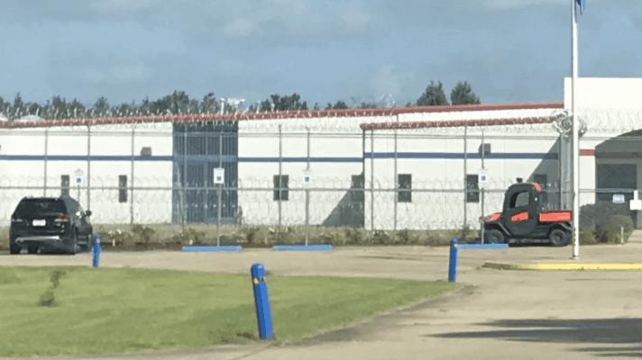 Centro de detención ICE