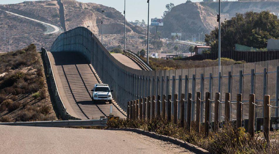 Muro frontera con Mexico
