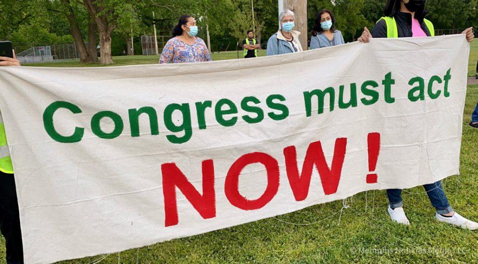 Manifestación a favor de una reforma migratoria en Memphis, Tennessee